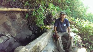 Outside Comasagua, Victor shows us where he gets some of his water. It is a steep 10-15 minute hike from his house.